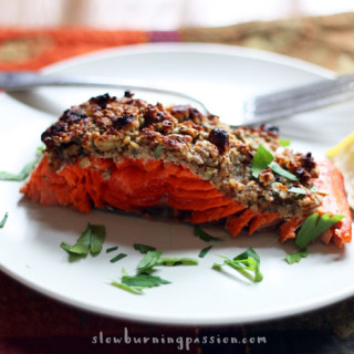 This oven baked Pecan Crusted Salmon is full of maple-Dijon tarragon ...
