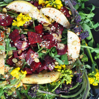 Spring Salad Recipe for Vibrant Flowering Greens