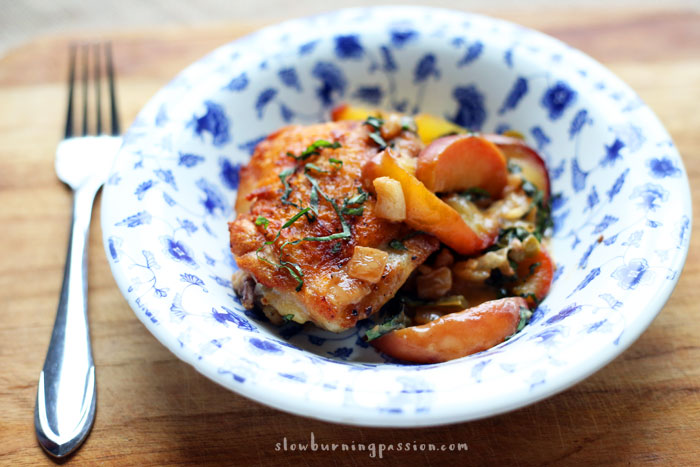 Chicken and peaches in the healthy mediterranean fashion mediterranean style chicken and peaches a healthy one skillet wonder forumfinder Images